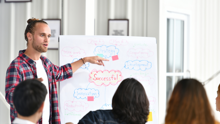 Programa Empenta X: Las voces de los emprendedores