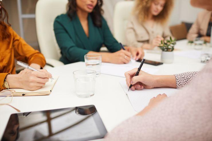 emprendimiento femenino en el contexto laboral actual