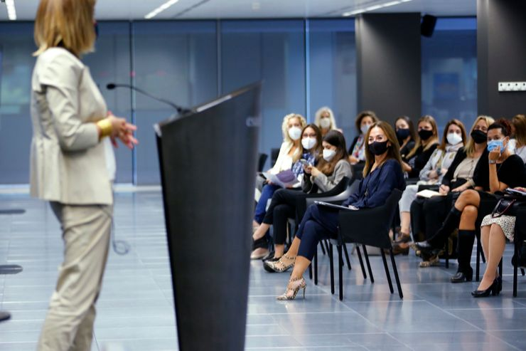 el congreso que refuerza el empoderamiento femenino